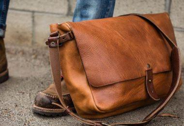 Besace pour homme : Un guide d'achat simple pour une allure élégante